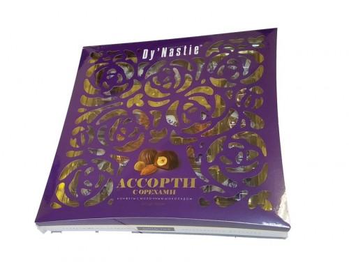 Династия  Ассорти с цельными и дробленными орехами 210 гр