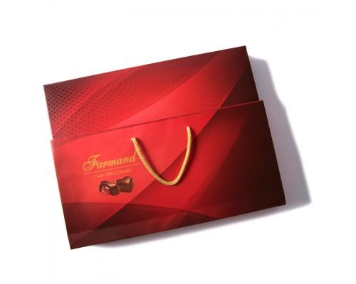 Шоколадные конфеты Farmand Десео Гарнет в подарочной сумочке 200 гр.